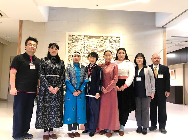 「モンゴルの介護を支える人材育成」実習生をサポートする通訳と体制-社会福祉法人城南会-