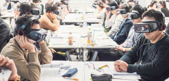 介護現場のリーダーを育てる VR(仮想現実)を活用した管理者育成方法 -株式会社シルバーウッド-